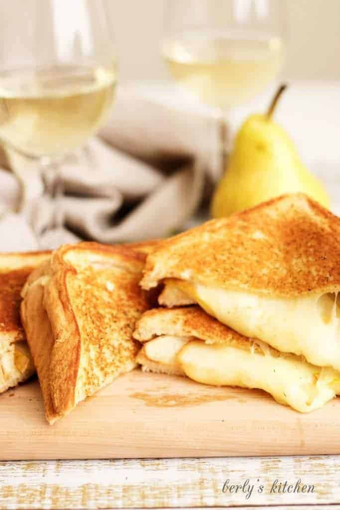 Sweet and savory grilled brie and pear sandwich 5 sweet and savory grilled brie and pear sandwich