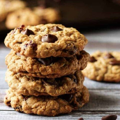 Cranberry dark chocolate chip oatmeal cookies are soft and chewy with plump, tart, cranberries and chocolate chunks, hints of brown sugar and cinnamon.