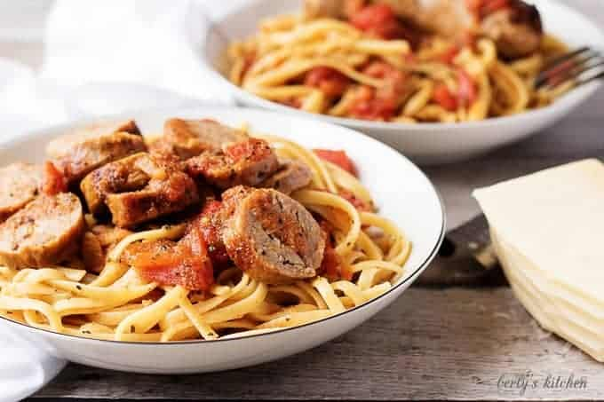 italian sausage and tomato linguine berly s kitchen