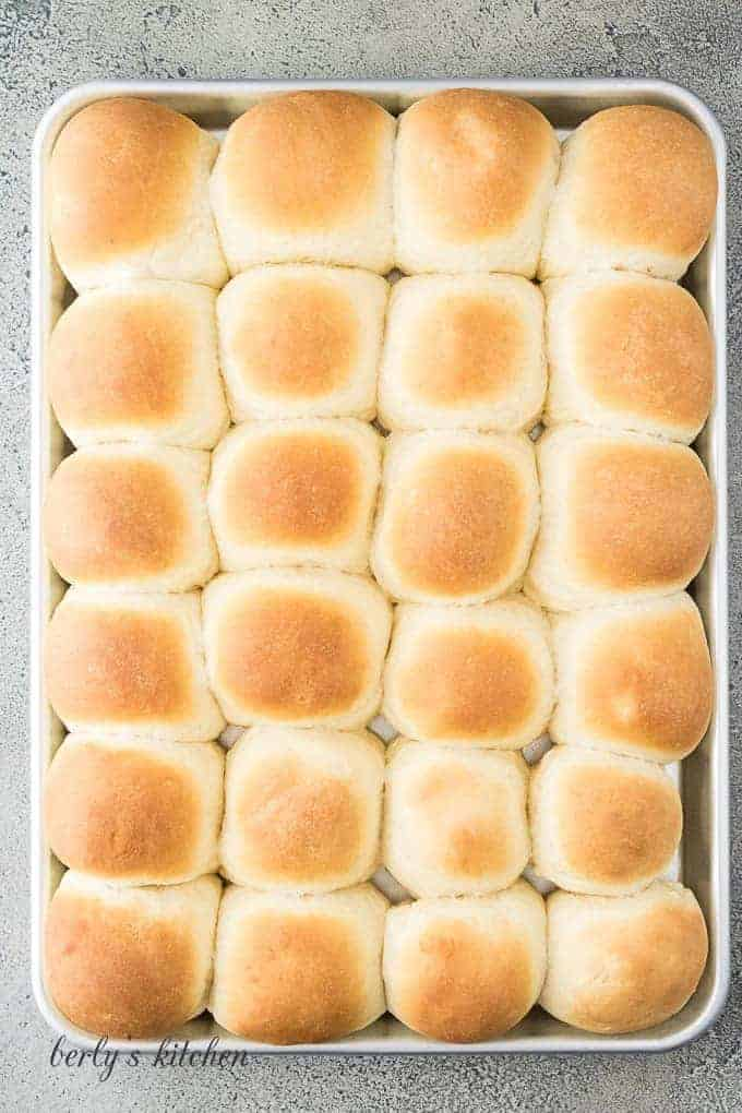 The yeast rolls have baked and are ready to serve.