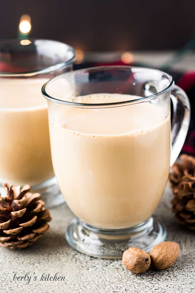 The eggnog lattes have been mixed without any special garnishments.
