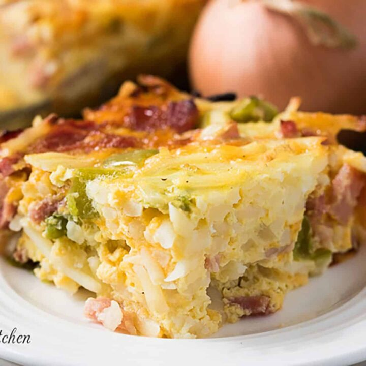 Cheesy breakfast casserole with hash browns featured image pantry recipes with substitutions