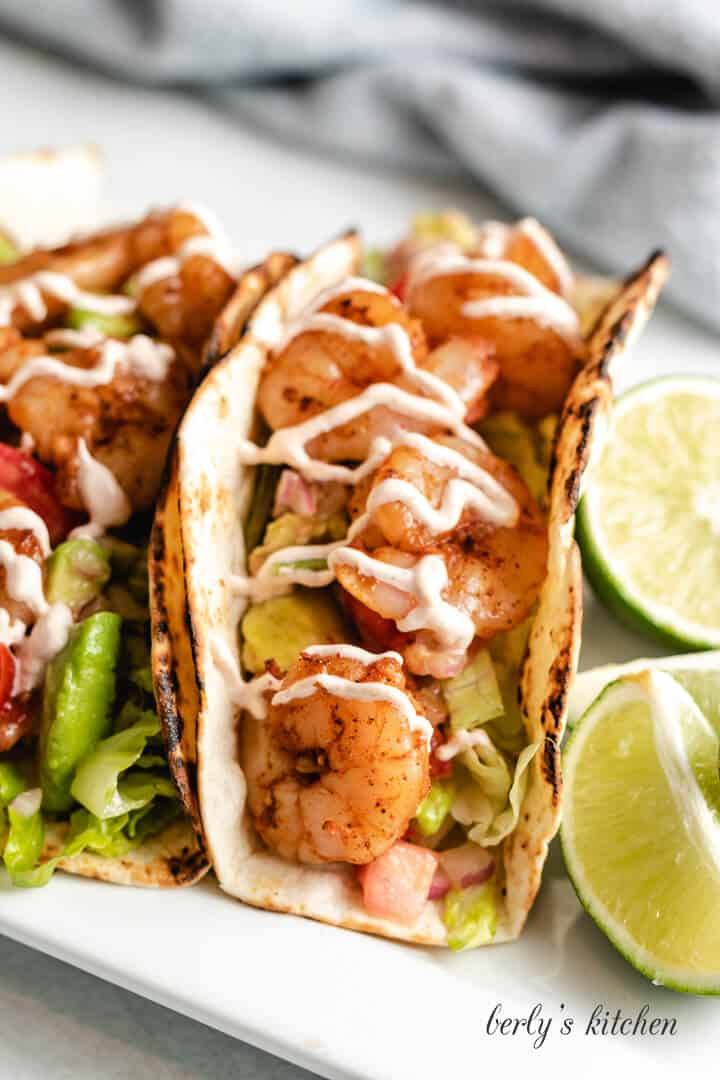 Grilled shrimp tacos with chipotle sauce 6 easy grilled shrimp tacos with chipotle sauce