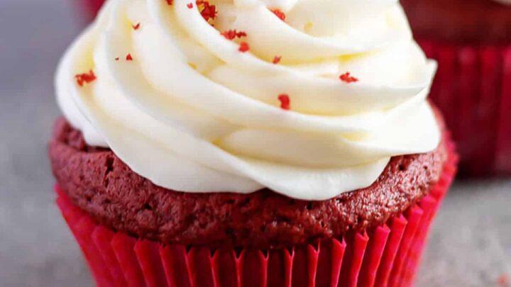 Red velvet cupcakes recipe featured image recipes