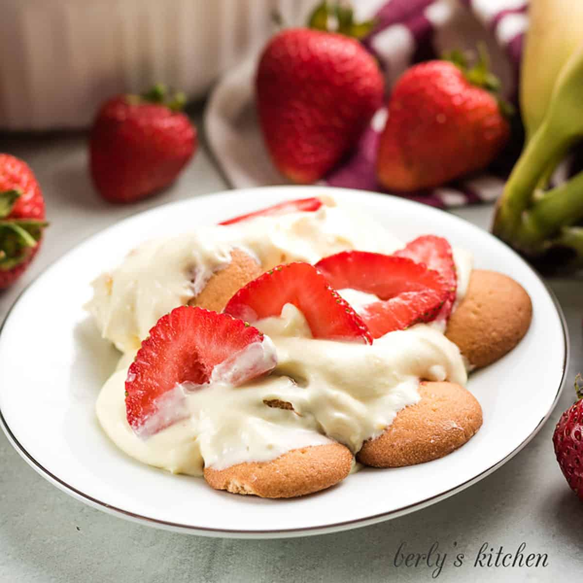 The strawberry banana pudding on a small plate.