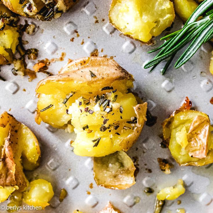 Smashed potatoes featured image smashed potatoes